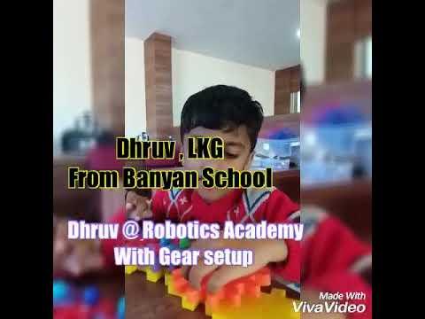 Dhruv from LKG Banyan School Made Gear setup @Robotics Academy
