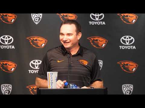 Oregon State Beavers - Jonathan Smith talks about WSU and Mike Leach's program!!