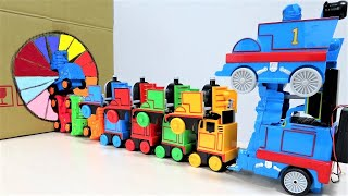 Thomas & Friends Knock Off Robot Toys into the box きかんしゃトーマスロボットが すぽすぽ スポリームBOX 手さぐりボックス に入っていくよ