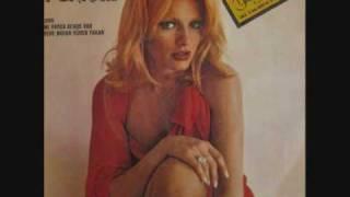 Ajda Pekkan - Ne Varsa Bende Var (1976)