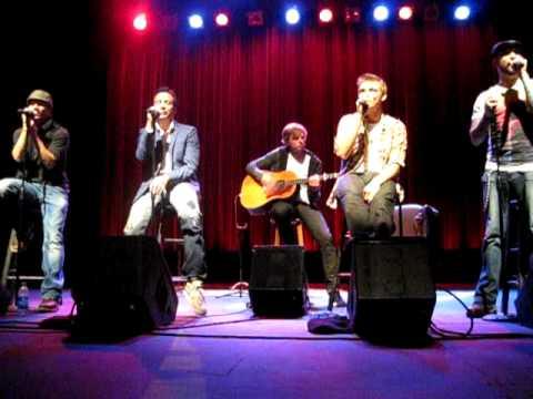 Backstreet Boys - Bigger (9 of 10 - Live in Napa 4/11/10) - YouTube
