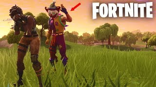 I LOOK TO SCARE WITH THE *NEW CLOWN SKIN*... 😂🤡 Fortnite Battle Royale