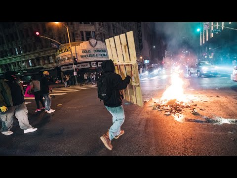 George Floyd Protests Turn to Riots in Los Angeles | Fires, Looting & Tear Gas