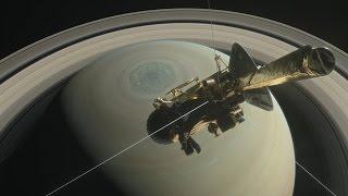 Аппарат «Кассини» готовится упасть на Сатурн (новости)