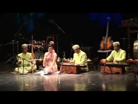 Indonesia - Sundanese music and dance - STSI Bandung 3