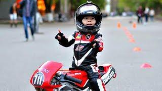 😀 Дети на Мотоциклах в 3 Года ! (Kids on Motorcycles) 👍 !
