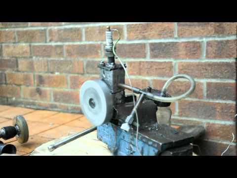 silnik spalinowy domowej roboty homemade 2 stroke petrol engine