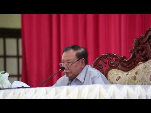 President gives development advice in Vientiane province