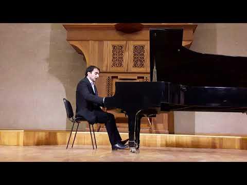Mamikon Nakhapetov: Brahms, Variations on a theme by Paganini