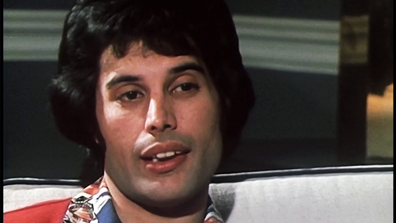 Freddie Mercury Interview 1977 - Molly Meldrum - YouTube