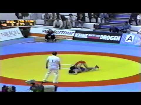 1991 Senior European Greco Championships: 48 kg Nuran Pelikian (BUL) vs. Elmas Oemer (TUR)