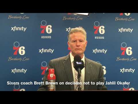 Brett Brown Not Playing Jahlil Okafor in Garbage Time 'Out of Respect'
