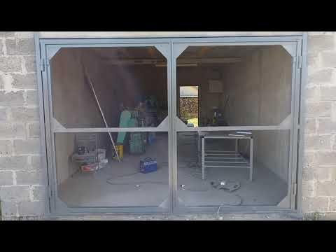 Ворота на гараж из профильной трубы своими руками
