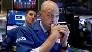 Dow plummets on trade confusion, slowdown concerns