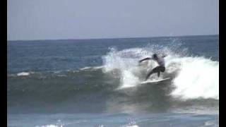 World Surf 2010: Cutback and re-entry's of Jonathan Gonzalez (CNY)