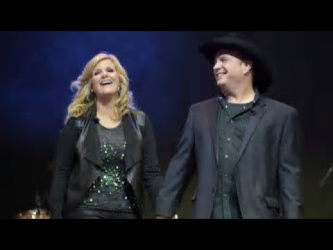 💜 Garth Brooks 💜 Trisha Yearwood 💜 Sing Medley Of Artists Songs 💜