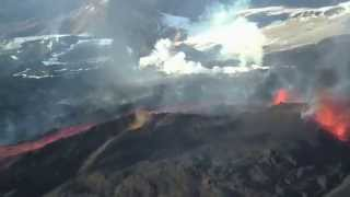 volcanic eruption in iceland april 2010 with spectators from helicopter