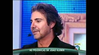 """João Kléber e Theo Becker discutem e se alteram no """"Programa do Gugu"""" 21/08"""