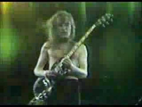 AC/DC - For Those About To Rock (Live in...