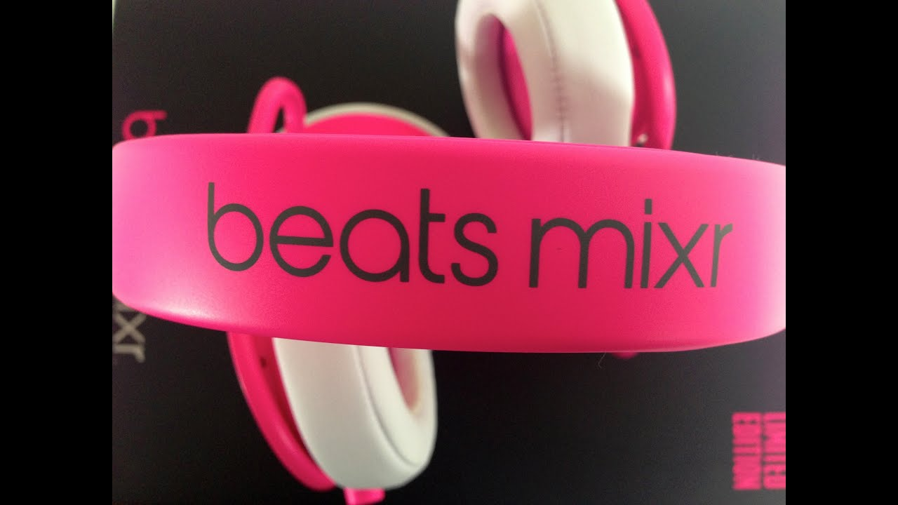 7a36b7e3b5b beats by dre neon pink mixr unboxing - YouTube