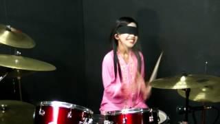 Nenek Nenek Si Bongkok Tiga (KSSR) - Nur Amira Syahira