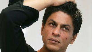 AGAIN! Shah Rukh Khan detained at US airport | Bollywood News