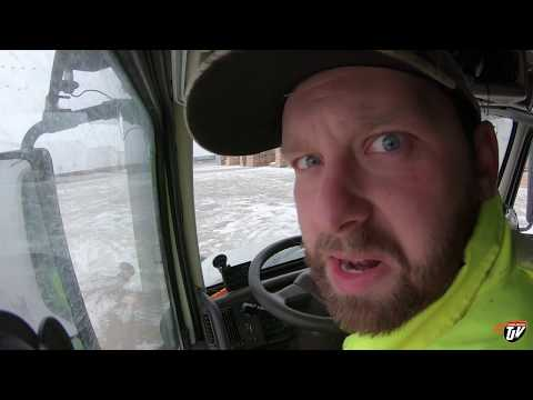 My Trucking Life - PUT IT BACK ON THE TRAILER!! - #1565
