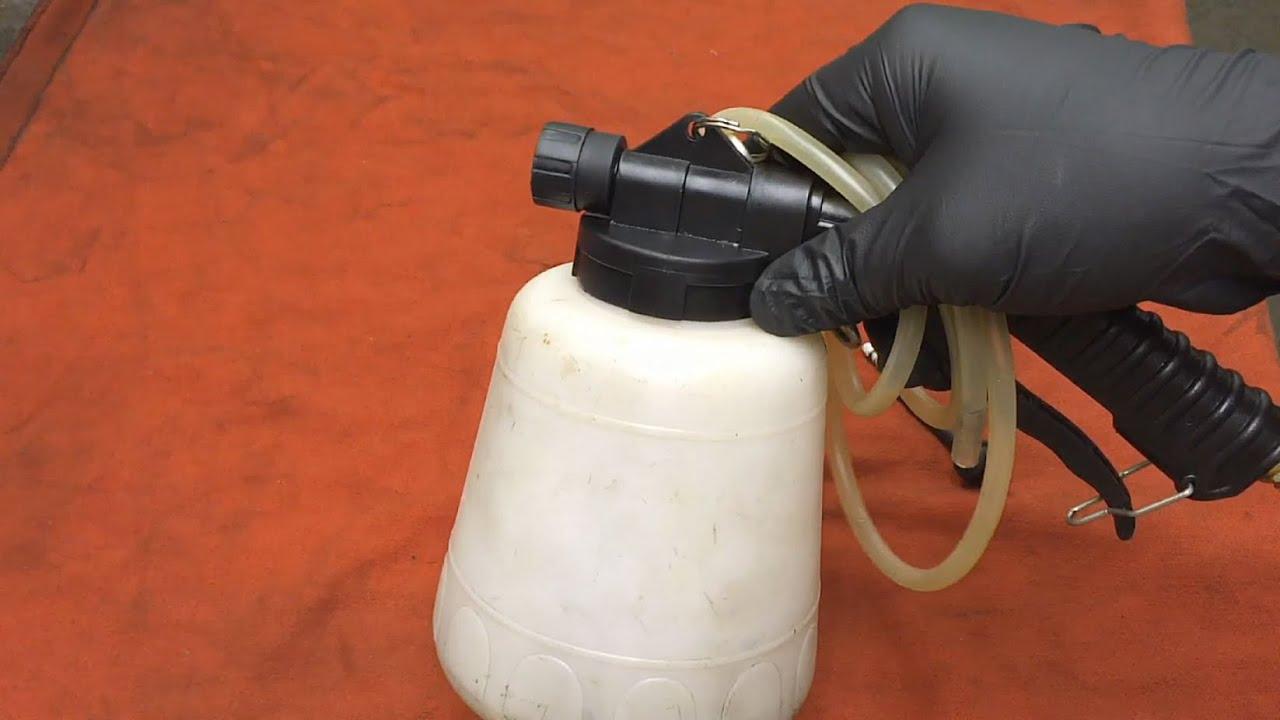 Mini Tool Reviews 2 Central Pneumatic 92924 Vacuum Brake Bleeder