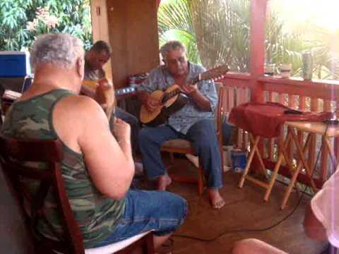 PUERTORIQUENOS IN WAIANAE,HAWAII