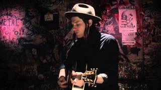 James Bay 'Hold Back The River' (Acoustic)