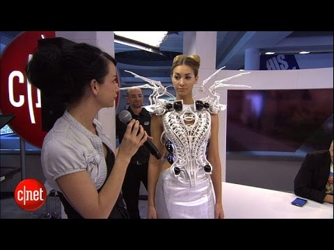 Tomorrow Daily - 107: CES 2015, robot beer pong, Intel Spider Dress and Nerdist's Jessica Chobot