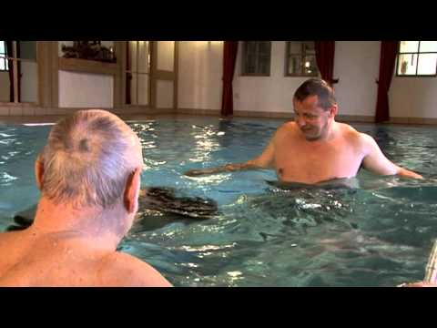 Learn to swim for Adults - Trailer of the DVD for Beginners - Ten-Basic-Step Method for Adults-
