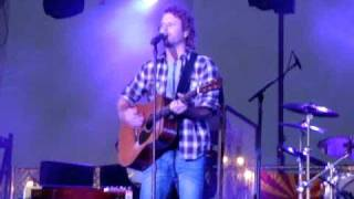 Dierks Bentley- Up On The Ridge Live