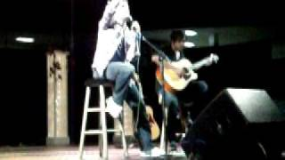 Download Elliot Yamin Flint Concert Singing