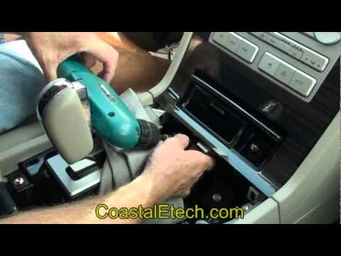 Sync Lockpick Installation And Demonstration In A Lincoln Navigator
