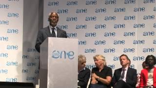 Kofi Annan addresses the youth