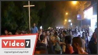 جنازة مهيبة تطوف مدينة الفشن فى بنى سويف لشهداء حادث المنيا الإرهابى
