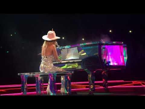 Lady Gaga : Dallas, TX : Joanne World Tour : Million Reasons