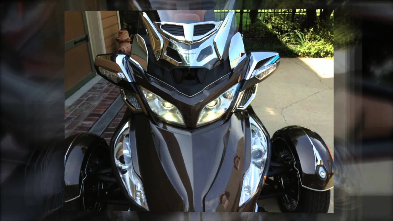 Can Am Spyder RT Functional Air Scoop - YouTube