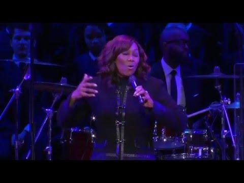 Yolanda Adams - Open My Heart