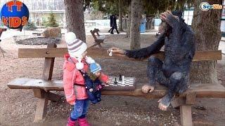✔ Кукла Беби Борн. Ярослава на Детской Площадке в Зоопарке. Видео для детей. Tiki Taki Kids ✔