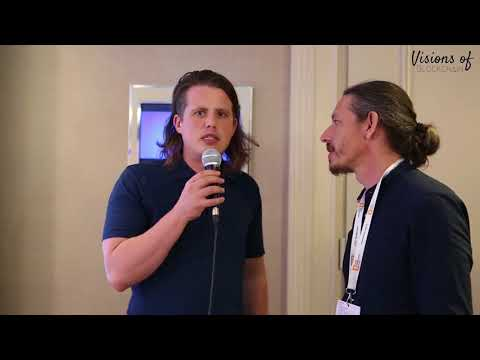 Joel Dietz from Swarm AI shared with us his visions of blockchain at Blockshow Berlin 2018