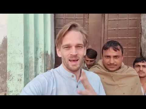 Why Foreigners Learn Hindi