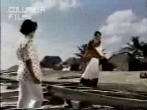 poonthenil kalanthu female song lyrics