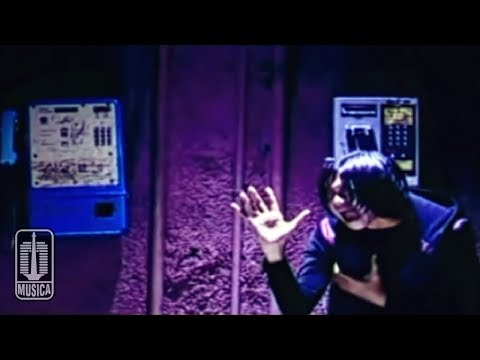 Base Jam - Saat Terapuh (Official Video)