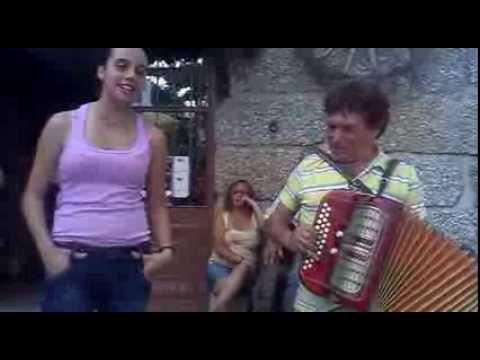 Sara Cristina de Vila Nova de Gaia & Duarte da Povoa de Lanhoso