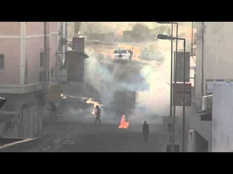 Bahrain: tear gas and fireworks fly as clashes erupt over al-Nimr execution - Nuwaidrat
