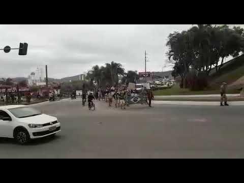 População está indo para ruas ,em apoio greve dos caminhoneiros, notícias