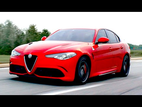 new alfa romeo giulia 2015 premi re and first crazy sound eng ita subtitles youtube. Black Bedroom Furniture Sets. Home Design Ideas