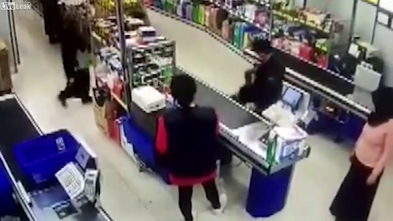 Liveleak com Woman Pins Boy To Checkout For Asking If She Was A Man